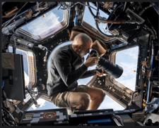 WoE_ISS_astronaut